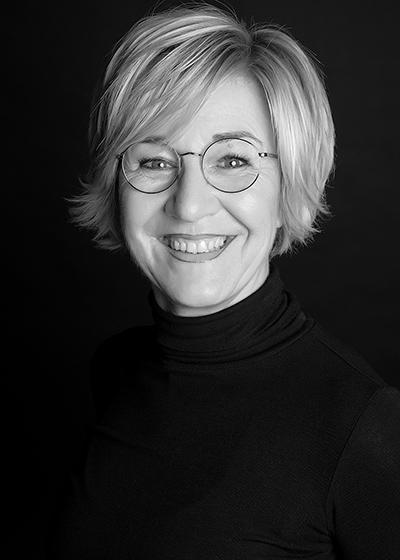 Simone Dammer-Hellbeck